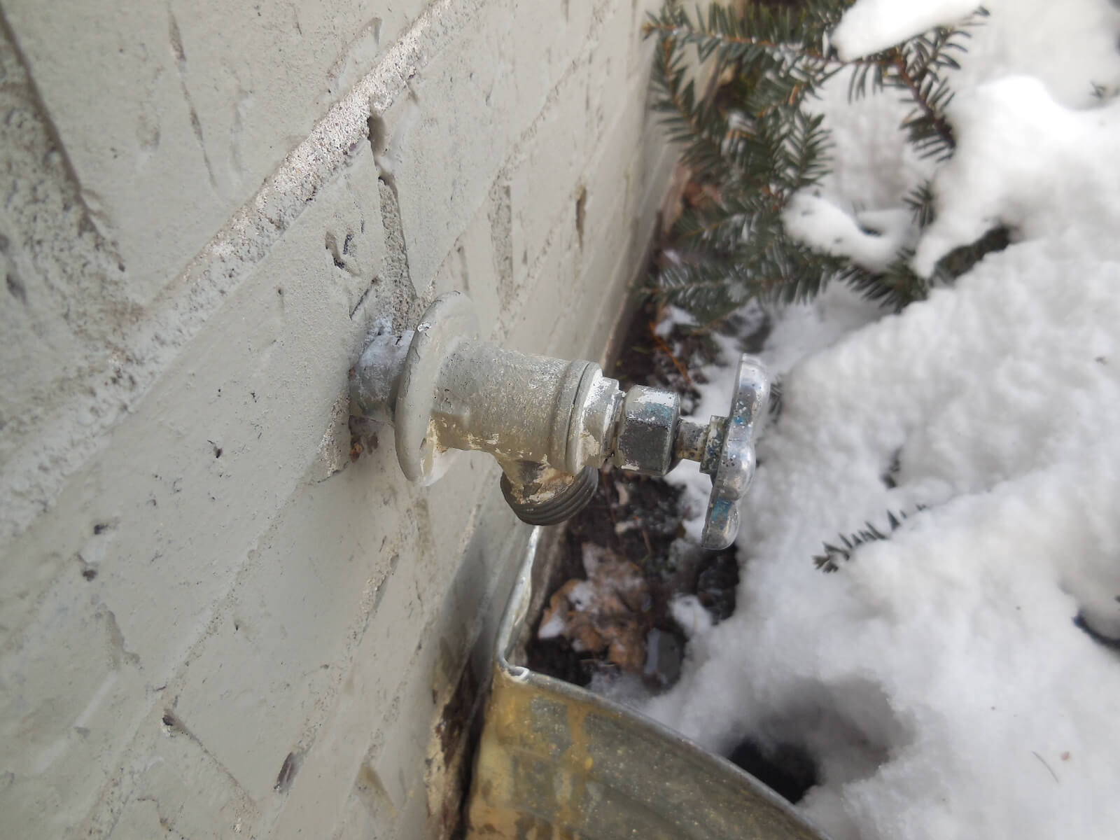 Don\'t Let Your Outside Faucets Freeze