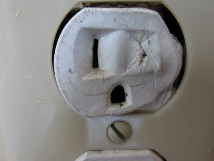 Melted Outlet Face